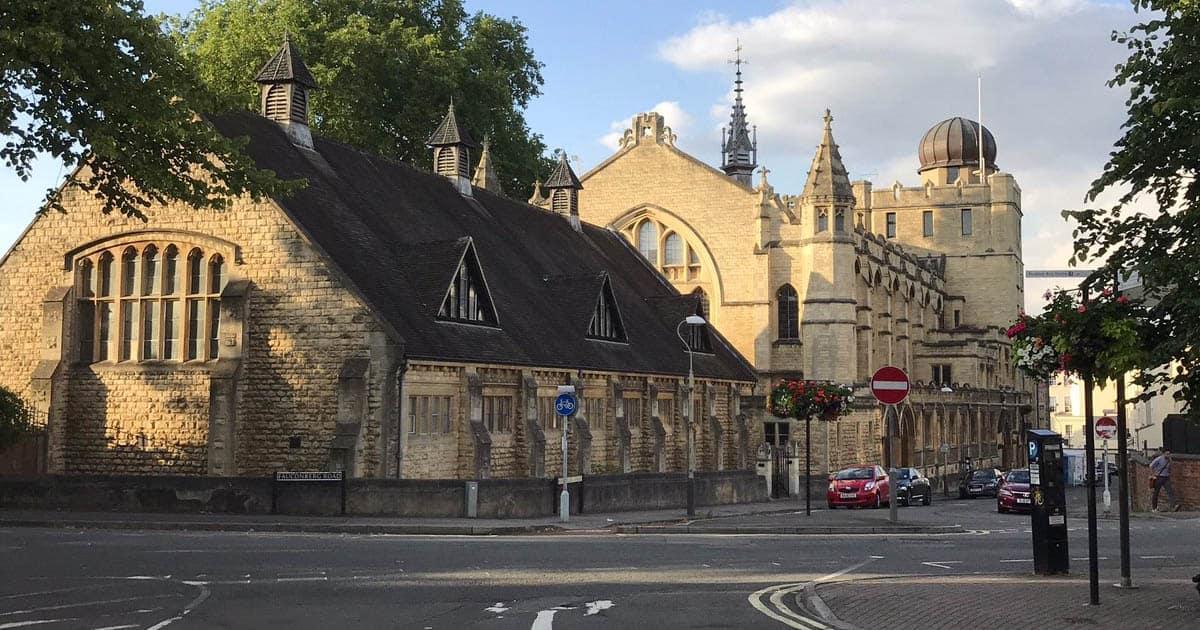 famous boarding schools in the uk